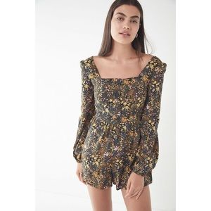 Urban Outfitters | Paulina Romper Floral Boho NEW